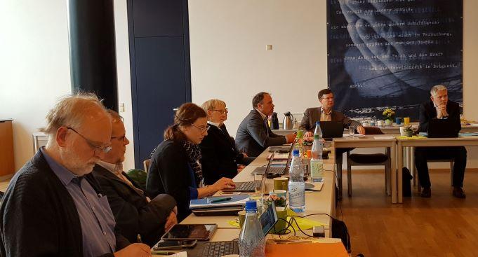 VEF: Neues Vorstandsmitglied, Evangelisation, Friedensarbeit